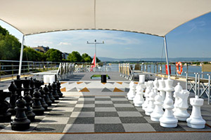 Sun Deck Chess Set