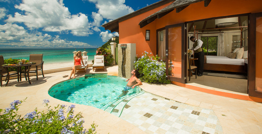Beachfront Grande Rondoval Butler Suite with Private Pool Sanctuary (BP)