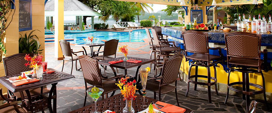 The Poolside Bar at Sandals Halycon Beach