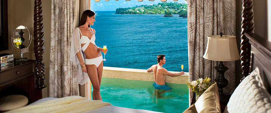Sunset Bluff Honeymoon Oceanfront One Bedroom Butler Villa Suite w/ Private Pool
