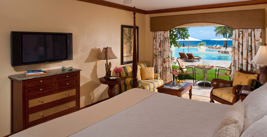 Emerald Oceanview Walkout Room (HOW)