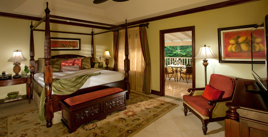 Crystal Lagoon Honeymoon Butler Suite (GR)