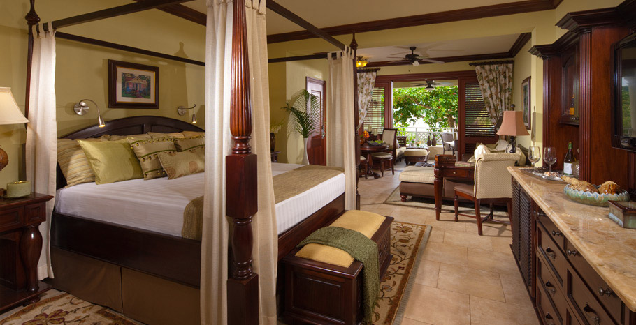 Crystal Lagoon Honeymoon One Bedroom Butler Suite with Private Stairway (PS)